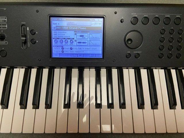 Sintetizador Korg - impecável com Caixa Original - Foto 4