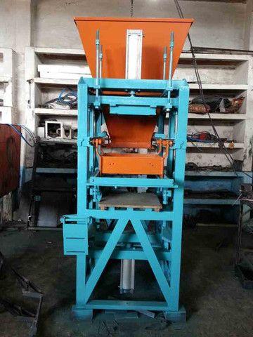 Máquina de fazer bloco de cimento Pneumática - Foto 2