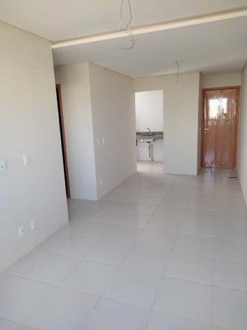 MD I Edf. André Gide /Excelente Apartamento, 2 Dorm/ Encruzilhada - Foto 7