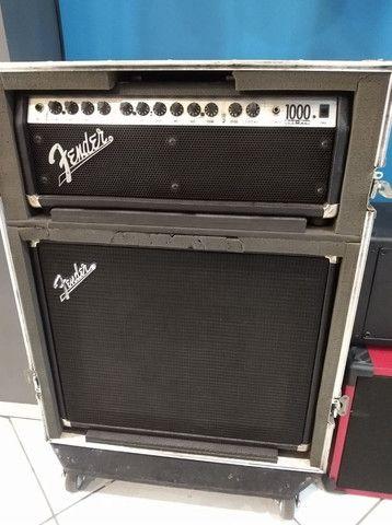 Cabecote Fender Roc-Pro 1000 c caixa Fender p guitarra (Mixer Instrumentos Musicais)