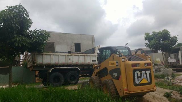 Demolição Caminhão basculante + bobcat + Mini escavadeira , retirada de entulho ou terra - Foto 4