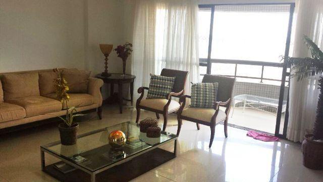 Apartamento na Av. Beira Mar, 13 de Julho