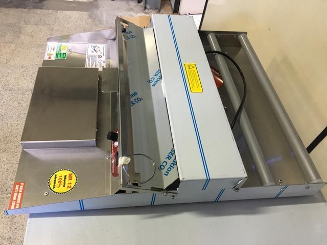 fe460c87ced Embaladora de plástico filme   aplicador de plástico filme