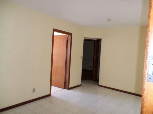 Apartamento 02 quartos prédio individual