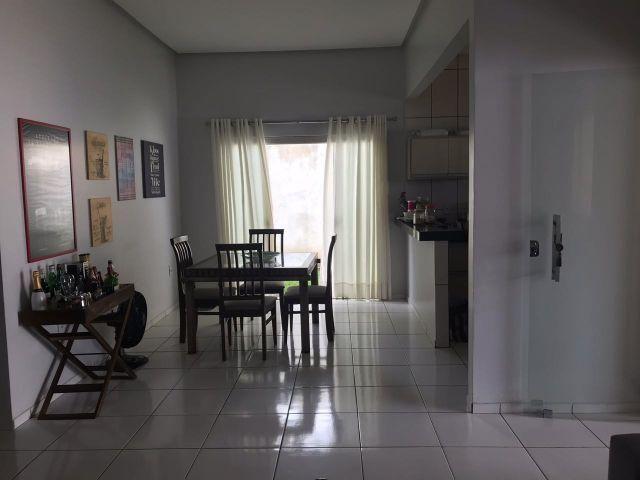 Linda casa no jardim tropical (ÁGIO)