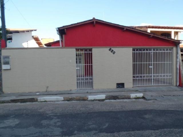 Imóvel em Alagoinhas: excelente localização, área ampla, aceita financiamento