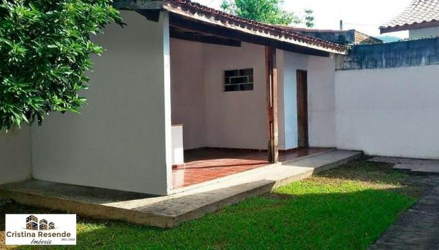 Casa ampla em terreno de 360 metros próximo praia/Martim de Sá - Foto 4
