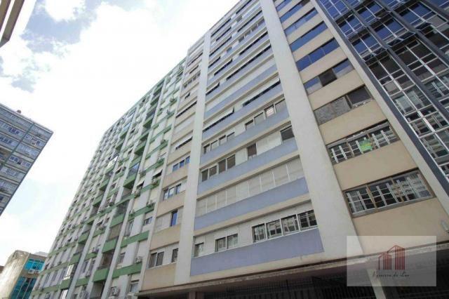 Amplo apartamento de 274m² e 4 quartos - Centro