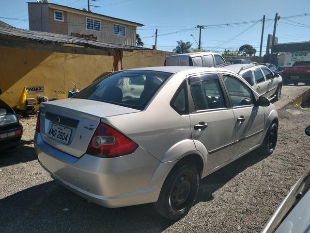 Ford Fiesta sedan 1.6 2006 Flex 13.500 - Foto 6