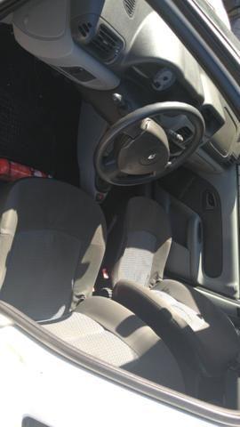Ford Fiesta sedan 1.6 2006 Flex 13.500 - Foto 8