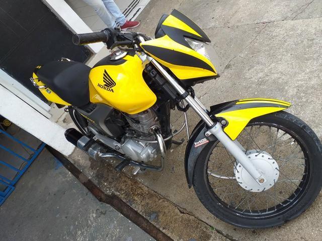 Moto titan moto de leilão 3mil reais