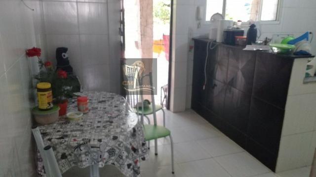 Casa com 3 quartos, quintal, garagem e uma ampla área de 130 m² no Cordeiro - Foto 3