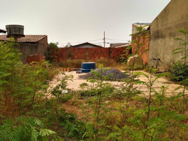 Vendo terreno no bairro aroeira