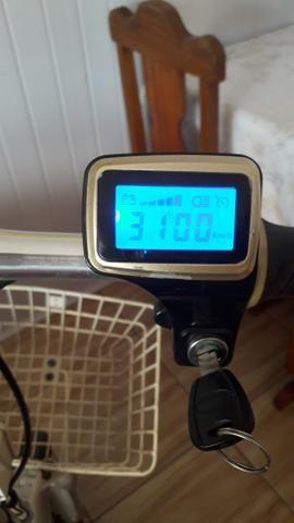Triciclo elétrico com carregador - Foto 5
