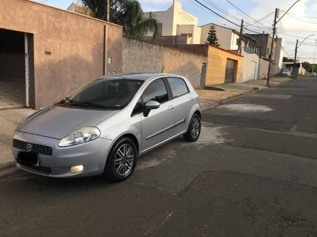 Fiat Punto essence 1.6 16v - Foto 4
