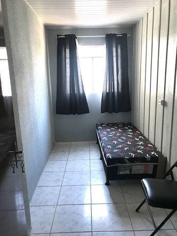 Alugo quartos mobiliados no Bairro do Portão R$ 470,00 próximo ao Shopping Palladium