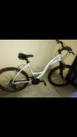 Vendo uma bicicleta nova