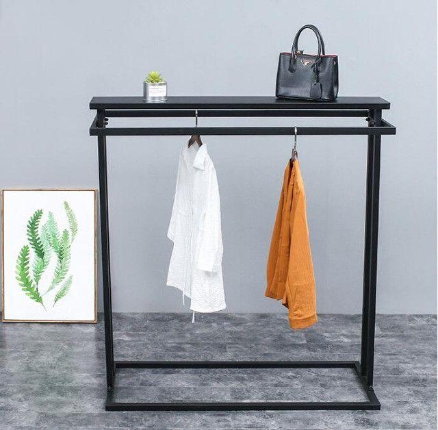 Cabideiro   Expositor de roupas e acessórios - Foto 2