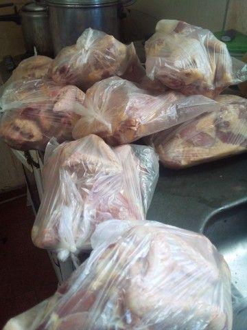 Vendo ovos caipiras e galinhas caipira  - Foto 4