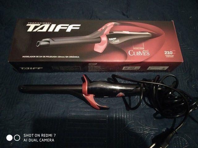 Modelador de cachos Taiff semi novo - Foto 3