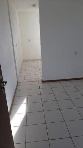 2/4 - Condominio Yolanda Pires em Lauro de Freitas - Foto 2