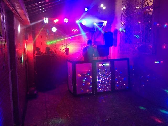 DJ - Aluguel de Equipamentos de Som e Iluminação (com ou sem DJ) para sua festa ou evento - Foto 2