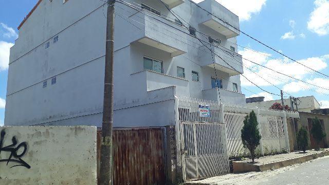 Apartamento para aluguel. 2 Quartos no Bairro N. Sª de Fatima em Juiz de Fora/MG