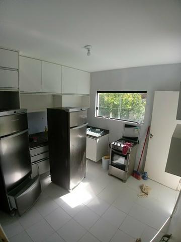 Linda casa de condomínio possuindo 5/4 5 quartos stella maris - Foto 2