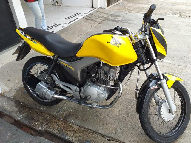 Moto titan moto de leilão 3mil reais - Foto 2