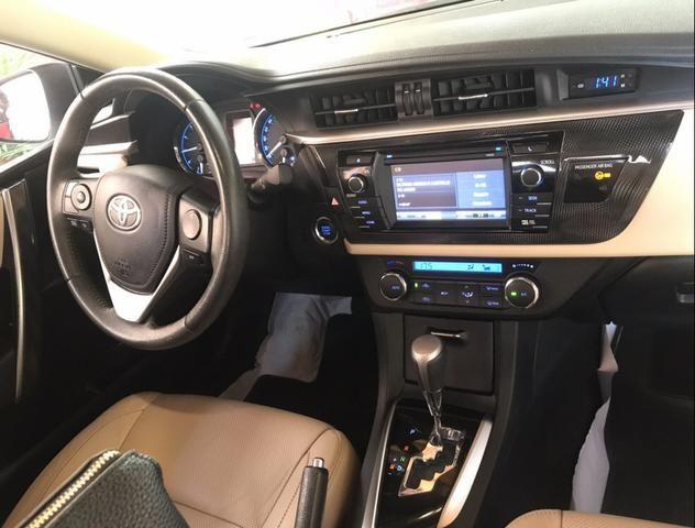 Vende-Se Corolla Altis 16/17 2.0 automático, - Foto 8