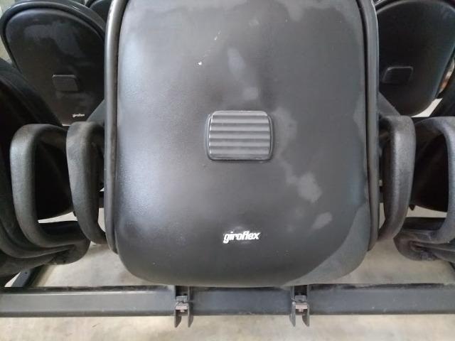 Cadeira Conjugada de Espera - Foto 3