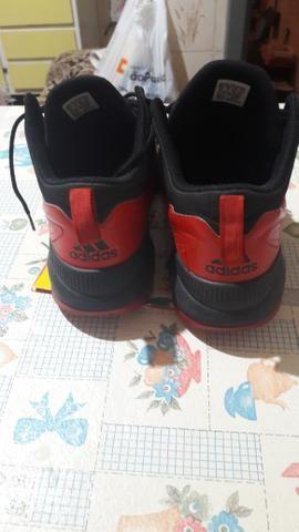 Vendo Tênis Adidas pra Basquetebol - Foto 3