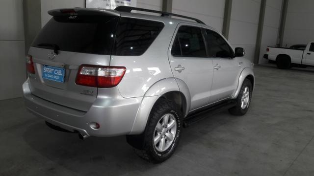 Hilux sw4 srv d 4d 3.0 4x4 diesel 7 lugares valor: 92.000,00 - Foto 4