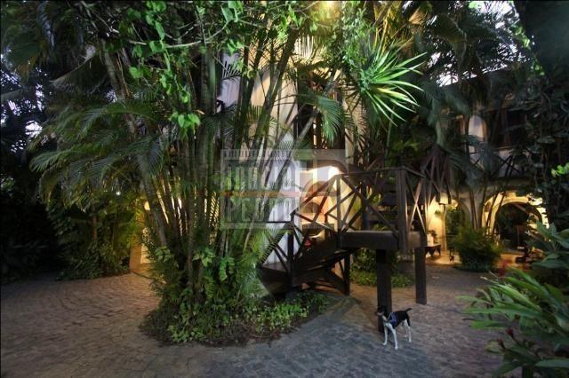 [A807] Casa com 5 quartos, sala para 4 ambientes, 361 m² de área construída - Foto 5