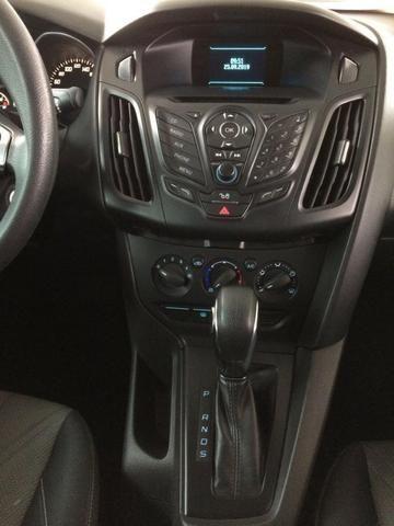 Focus Sedan 2.0   2013/2014 - Automático   (22) 2773-3391 - Foto 10