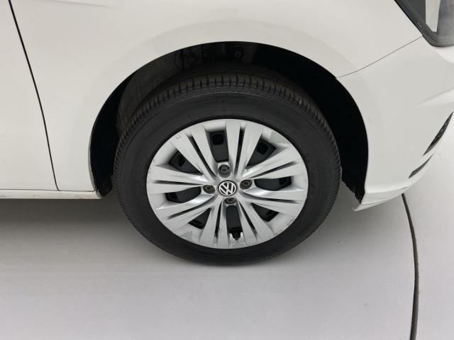 Volkswagen VOYAGE VOYAGE 1.6 MSI Flex 16V 4p Aut. - Foto 9