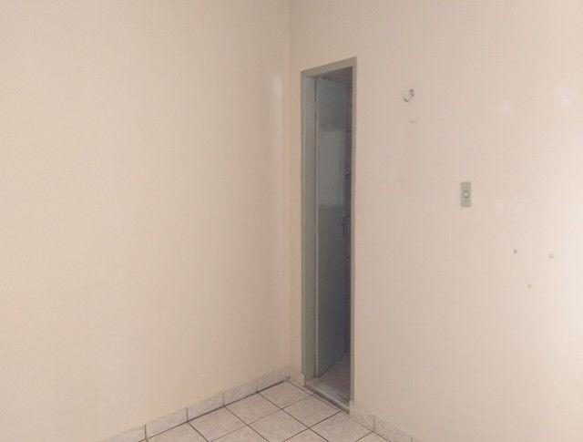 Aluga-se Apartamento de um quarto todo mobiliado - Foto 9