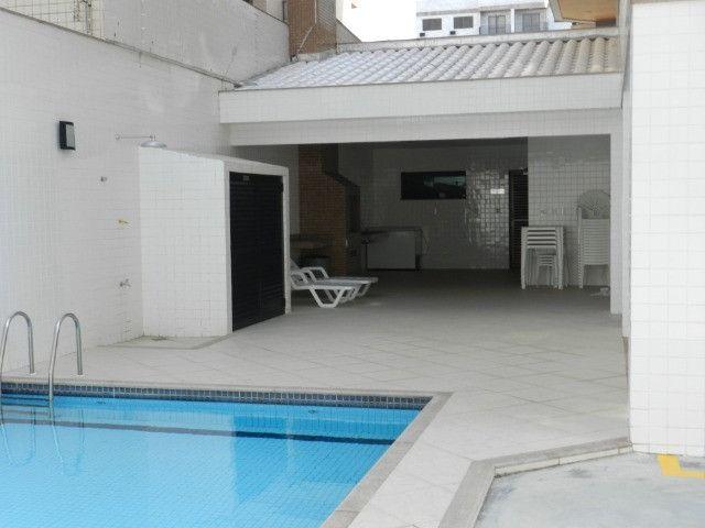 Apartamento de 4 dormitórios( 1 suíte com terraço ), mobiliado, com 2 vagas de garagem - Foto 5