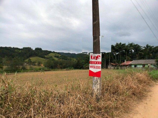 Terreno com 2.582 m² no braço em Camboriú-SC