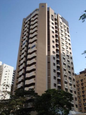 8442 | Apartamento para alugar com 4 quartos em Zona 01, Maringá