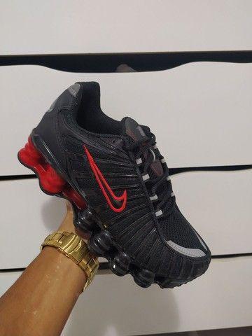 Tênis Nike 8 molas