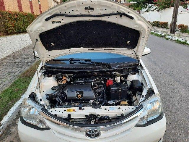 Etios Sedan XLS 1.5 2014 - Foto 13