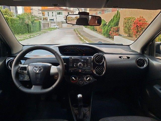 Etios Sedan XLS 1.5 2014 - Foto 14