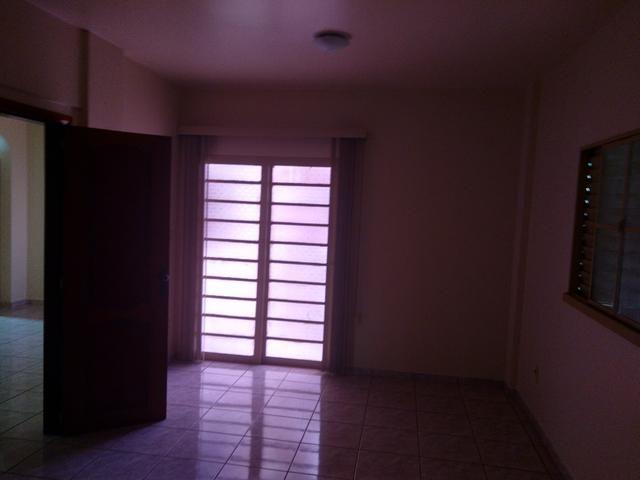 Apartamento 4° andar cond. Ana Matos