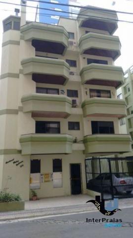 Apartamento mobiliado, com 1 dormitório, 1 vaga de garagem, em Meia Praia, Itapema