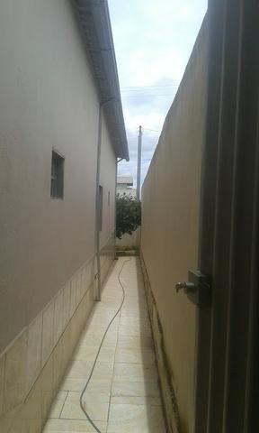 Casa 3/4 quartos c/ súite de laje garagem para 3 carros bairro residencial américa 135 mil - Foto 3