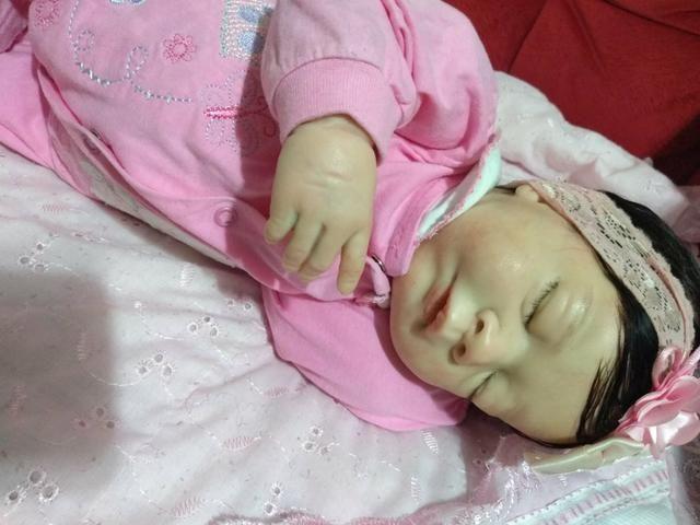 Boneca colecionável baby reborn - Foto 4