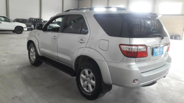 Hilux sw4 srv d 4d 3.0 4x4 diesel 7 lugares valor: 92.000,00 - Foto 12