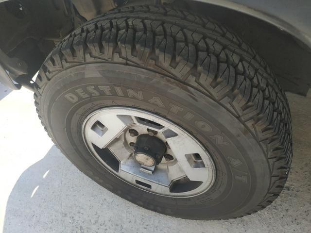 Nissan Pathfinder - Foto 2