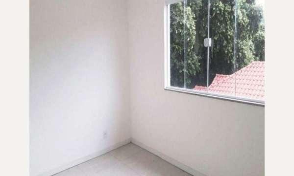 Casa no Tanque ( taquara ) 2 quartos